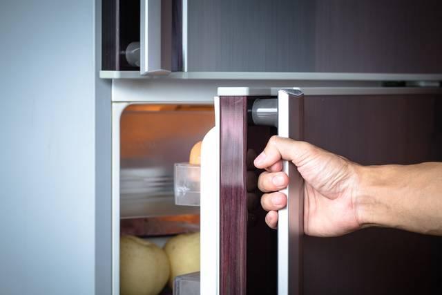 Khi quạt bị hỏng chúng sẽ khiến tủ lạnh kêu to