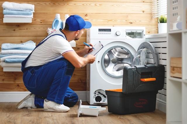 Máy giặt đang giặt bị ngừng, vì sao?