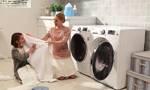 Máy ngừng giặt do bo mạch có vấn đề